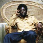 Ακούστε το νέο τραγούδι του Kiwanuka, Hero