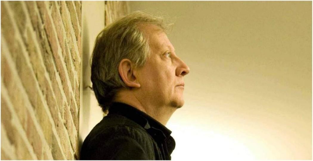 O Wim Mertens για μια συναυλία στο θέατρο Παλλάς