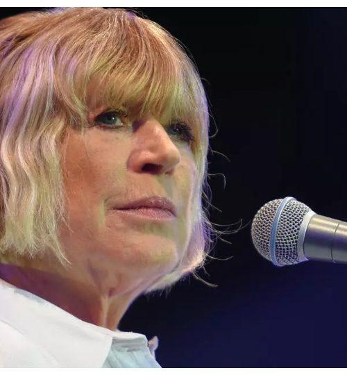 Νικήτρια στη μάχη με τον κοροναϊό η Marianne Faithfull