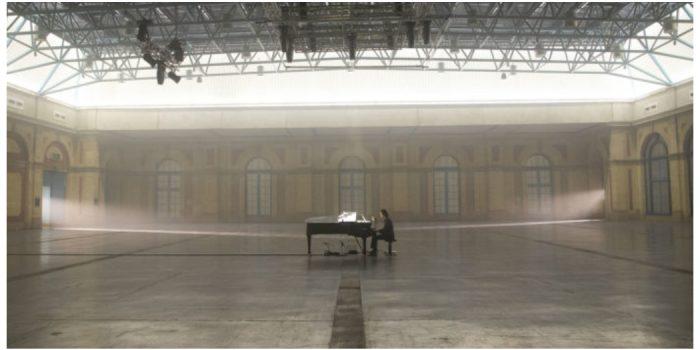 Ο Nick Cave μόνος με το πιάνο του από το Alexandra Palace μέσω livestream